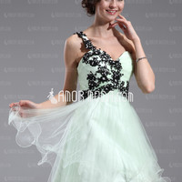 A-Line/Princess One-Shoulder Short/Mini Tulle Homecoming Dress With Ruffle Lace Beading (022011005) - AmorModa