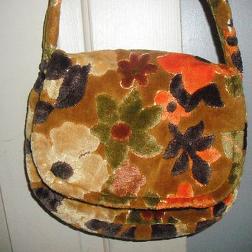 gorgeous vintage carpet bag purse 1960s  soft by MamaLisasCottage