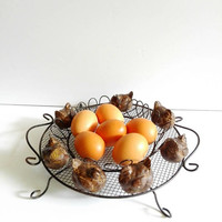 Wire Egg Basket, Rustic Metal, Basket, wire, Vintage basket, French Farmhouse, French Kitchen, Decor rustic, shabby chic, Cottage decor