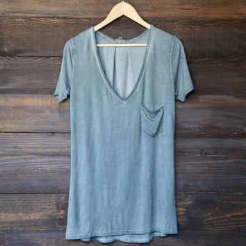 tease me oversize soft v neck tshirt (more colors)