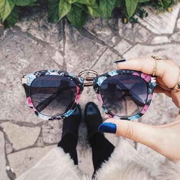 Cool Womens Fashion Floral Print Round Sunglasses