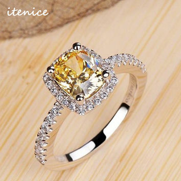 Luxurious 2 ct Rings Female Ring Bijoux Newest White Zinc Alloy 4 Prong Zirconia Wedding Engagement Rings For Women