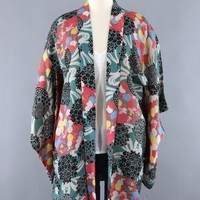 Vintage Silk KImono Cardigan Jacket / Turquoise Green and Red Floral