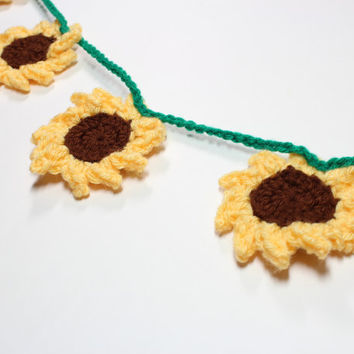Crochet Garland Sunflowers, Flower Bunting, Summer Party Decoration, Wall Hanging, Handmade Home Decor, Nursery Decoration
