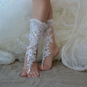 Free Ship Beach wedding barefoot sandals Beach shoes, bridal sandals, lace sandals, wedding bridal, ivory accessories, berafoot sandals