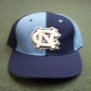 NORTH CAROLINA TARHEELS PINWHEEL ZEPHYR FITTED HAT