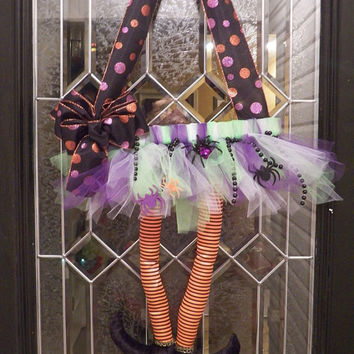 Halloween Door Hanger, Witch with Tutu Wreath, Halloween Wreath, Decoration