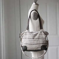 Small Scallops Shoulder Bag