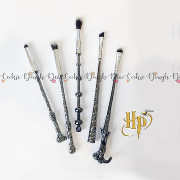 FREE SHIPPING - 5pc Harry Potter wand sorcerer inspired Makeup Brushes Brush Set
