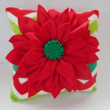 chevron Xmas pillow, Christmas pillows, Xmas dahlia pillow, chevron dahlia pillow, holiday decoration, holiay pillow,red and green dahlia