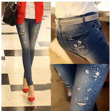 2017 new Autumn winter Rhinestone Beading Jeans woman ripped hole jeans pants women denim pencil pants female trousers G0504