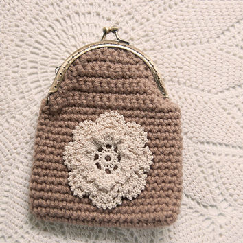 Crocheted Coin Purse, Soft Taupe Yarn, Crocheted Rose Flower Applique, Kisslock, makeup bag, wallet, stocking stuffer