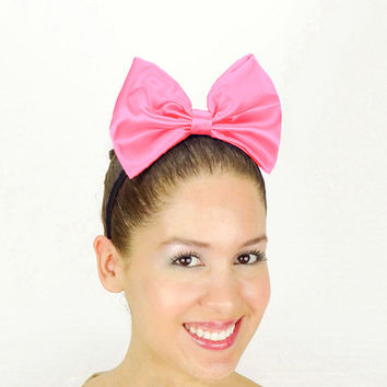 Daisy Duck Headband Hot Pink Minnie Mouse Halloween Costume Daisy Duck bow Ears Satin Disney Bow new Daisy Duck Halloween Costume Outfit
