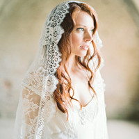 Lace Mantilla Bridal Veil Cathedral Length - Style 301