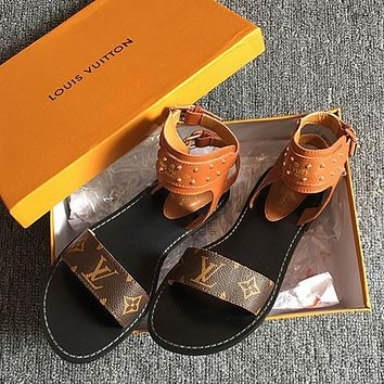 LV Slipper Women Sandals  Louis Vuitton  Slippers LV Fashionable casual Shoes