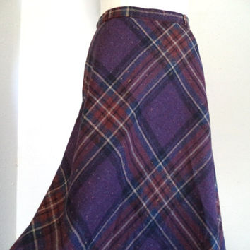 Purple wool plaid skirt/ vintage A line Summit skirt/ mid length circle skirt size S-M