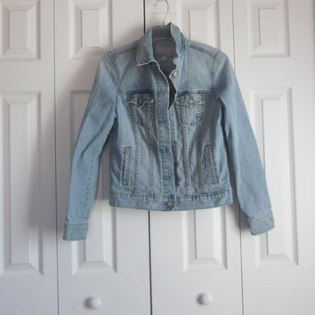 Vintage Jean Jacket, 90s Grunge Denim Jacket, Ladies Womens Juniors, Size Medium Light Wash Denim Jean Jacket, Eco Friendly, Boho Festival