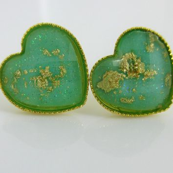 Gold-Tone Heart Shaped Faceted Resin Gold Leaf Stud Earrings 12mm