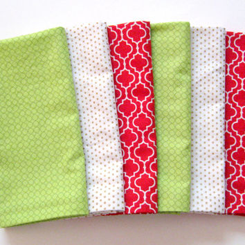 Christmas Cloth Napkins - Set of 6 - Large Dinner Napkins, Table Napkins - Mismatched, Assorted, Variety - Red Green White Gold