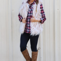 Feels So Right Fur Vest: Cream