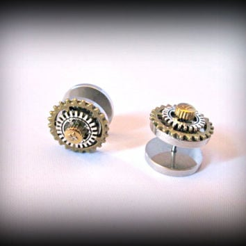 Steampunk ear plug-fake ear plug-watch parts ear plur-steampunk earring-steampunk ear stud-faux earring