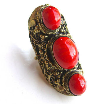 Coral Art Glass Saddle Brass Ring, Victorian Revival Etruscan, Huge Vintage sz 6 - 7