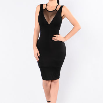 Strawberry Glam Dress - Black