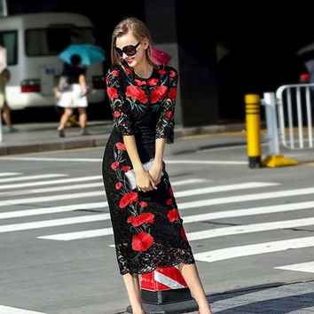 Famous brand Runaway 2017 Newest Spring Fashion Slim Elegant Lace Ebroidery Red Flower Vintage Black Casual Long Dress Women
