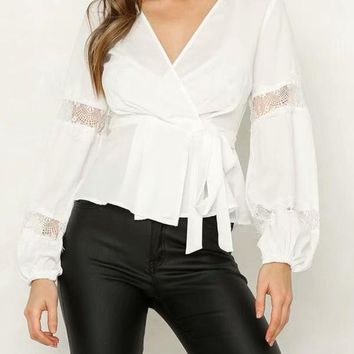 New White Patchwork Lace V-neck Long Sleeve Fashion Blouse
