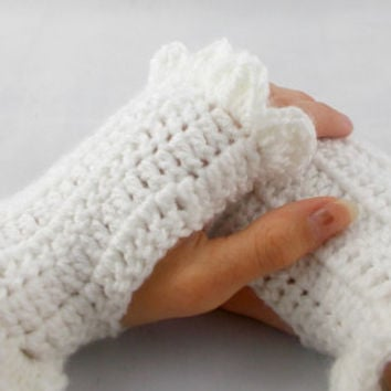 Hand crochet white fingerless gloves wrist warmer texting gloves handmade gloves