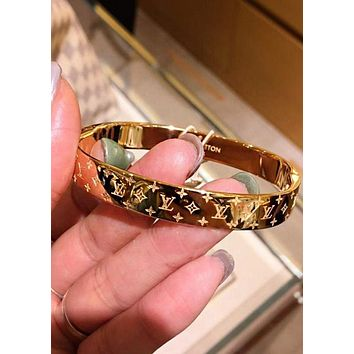 LV Louis Vuitton Hot Sale Classic Women Men High end Couple Stainless Steel Bracelet