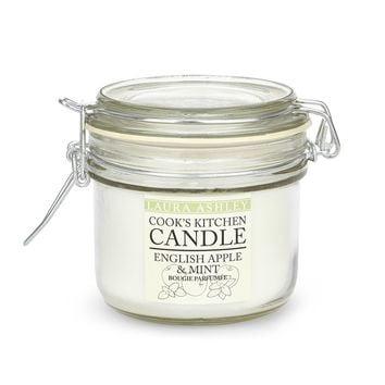 Cooks Kitchen English Apple and Mint Scented Candle