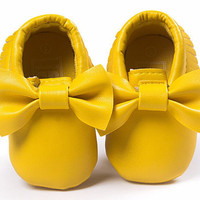Yellow Moccasins, Baby Moccasins, Toddler Bow Moccasins, Yellow Baby Shoes, Vegan Soft Sole 3-18 months Infant Shoes Gift Toddler Gold Shoes