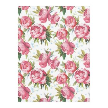 Stylish Vintage Pink Floral Pattern Fleece Blanket