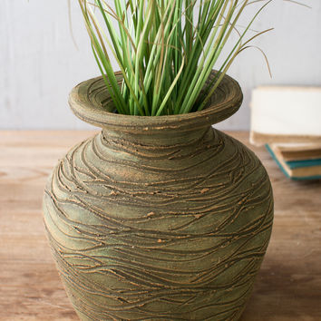 Pressed Wire Clay Pot