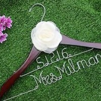 Personalized Wedding Hanger,Date and Name hanger Bridal Hangers,  Wedding Gift