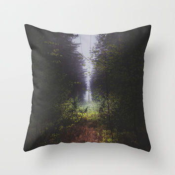 Through the wormhole Throw Pillow by HappyMelvin