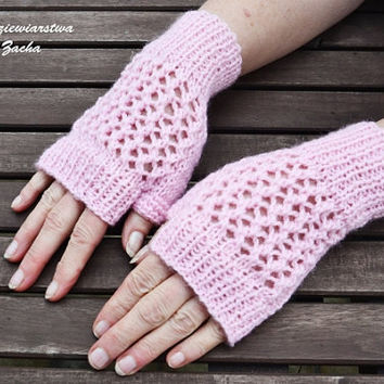Light Pink Fingerless Mittens , fingerless gloves in handmade , warmers gloves