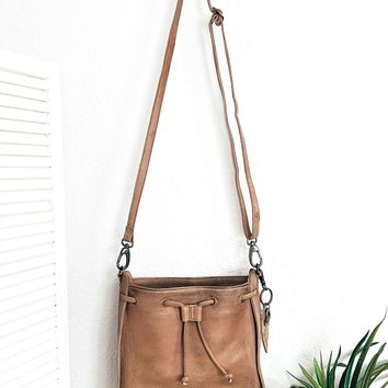 Baas Bucket Bag- Taupe