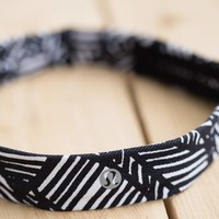 Skinny Fly Away Tamer Headband