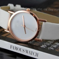 Contracted ultra-thin female table Personality fashion ladies watch White belt fashion female table