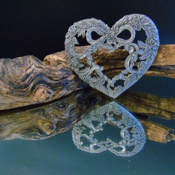 Valentine's Rose Wreath Heart Shaped Ornament Vintage Rawcliffe Pewter  Potpourri Jar Lid Candle Topper Arts Crafts Upcycle