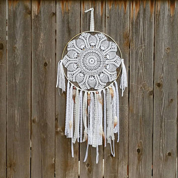 White Dream Catcher - Large Dream Catcher - Dream Catcher - Crochet Dream Catcher - Doily Dream Catcher - White Home Decor - Bohemian Decor