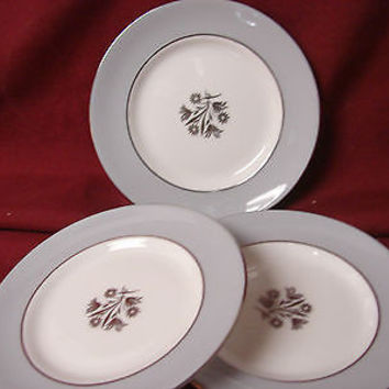 Royal Doulton, China Dinnerware Kingsmere, #H4909  (3) bread  plate