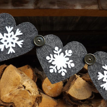 Grey Heart Garland, Christmas Garland, Snowflake Garland, Felt Garland, Winter Wedding Decor Nordic  Scandinavian, Skiing, Gray, Snowflakes