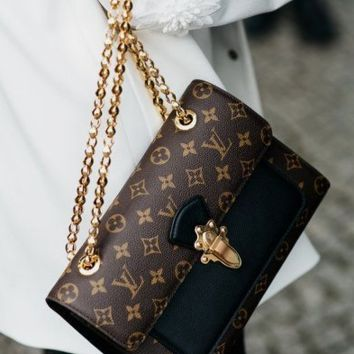 LV Hot Fashion Women Shopping Bag Monogram Leather Metal Chain Handbag Shoulder Bag Crossbody Satchel I/A
