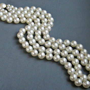 Richelieu Double Strand Pearl Necklace