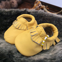 0 to 6 month yellow genuine leather baby moccasin, baby moccasin, moccasin, slippers, kids moccasin, toddler moccasin, moccasins