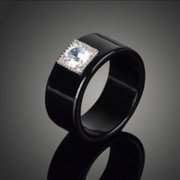 Simple Pretty Black Acrylic Cubic Zirconia Imitation Diamond Wedding Rings for Women Fashion Engagement Bague Jewelry J02337