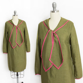 Vintage 1960s Dress - Green Silk Pink Tie Front Mod Shift Cocktail Dress 60s - Small S